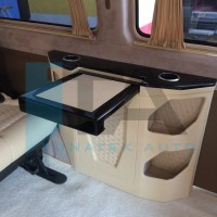 LARGE ELECTRICAL / MANUAL VIP TABLE